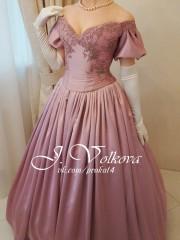 Сиреневое платье (Юлия Волкова). Цена проката: 2000₽; цвет: Розовый;