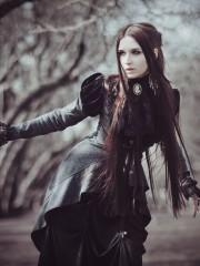 Викторианское черное (Insomnia Dress). Цена проката: 2200₽; эпоха: Викторианство; цвет: Черный; размер: 42-44