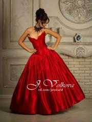 Красная королева (Юлия Волкова). Цена проката: 1500₽; цвет: Красный;