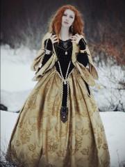 Лаура (Insomnia Dress). Цена проката: 2500₽; эпоха: Ренессанс; цвет: Желтый; размер: 44-46